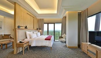 Hotel Dafam Linggau Kupang - Suite Room Regular Plan
