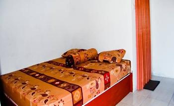 Defa Homestay Lombok - Standard Double With Fan Regular Plan