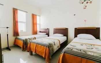 IKIRU to live Hotel Surabaya - Dormitory Shared Bathroom Regular Plan