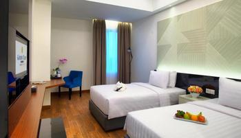 Golden Tulip Essential Makassar Makassar - Deluxe Twin With Breakfast Regular Plan