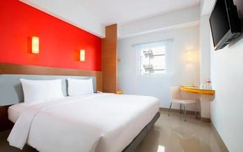 Hotel Amaris Makassar - Smart Room Queen Staycation Offer Room Only Regular Plan