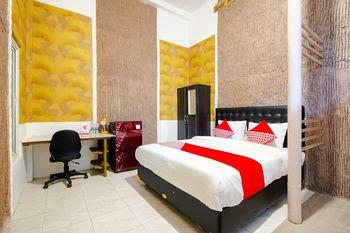 OYO 1277 Pondok Damai Syariah Yogyakarta - Standard Double Room Regular Plan