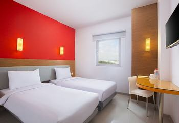 Amaris Hotel Simpang Lima Semarang -  Smart Room Twin Staycation Offer Regular Plan