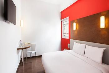Amaris Hotel Simpang Lima Semarang - Smart Room Queen Regular Plan