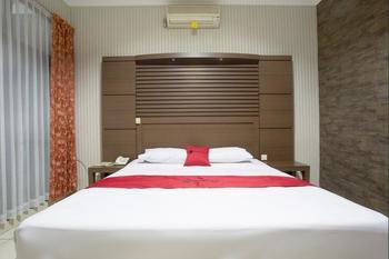 RedDoorz @ Surapati Bandung - RedDoorz Limited SALE Regular Plan