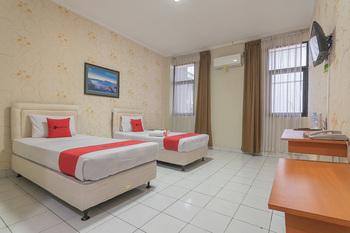 RedDoorz @ Surapati Bandung - RedDoorz Twin Room 24 Hours Deal