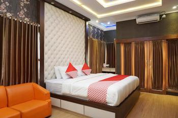 OYO 444 Rafitha Homestay Yogyakarta - Standard Double Room Regular Plan