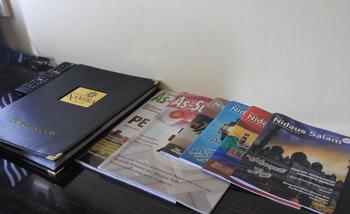 Hotel Namira Syariah Pekalongan - Deluxe Queen Room Only Regular Plan