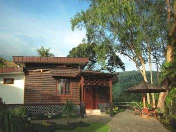 Inna Tretes Hotel Pasuruan - Suite Room Regular Plan