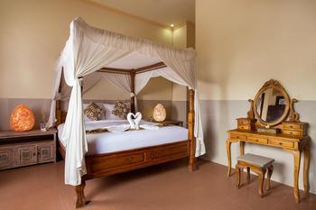 Grand Ashanti Villa Bali - One Bedroom Villa with Jacuzzi Regular Plan