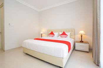 OYO 388 Raka Residence Syariah Surabaya - Deluxe Double Room Regular Plan