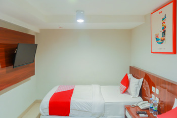 OYO Flagship 3563 New Mg Hotel Near RSUD Sawah Besar Jakarta - Deluxe Twin Room Regular Plan