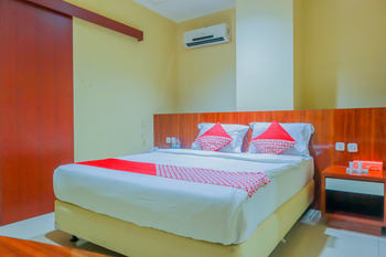 OYO Flagship 3563 New Mg Hotel Near RSUD Sawah Besar Jakarta - Deluxe Double Room Regular Plan