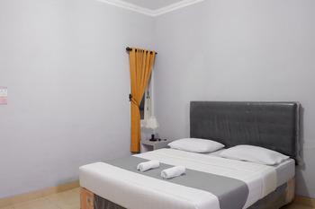 Wisma Almaidah Jogjakarta Syariah Yogyakarta - Superior Room Regular Plan