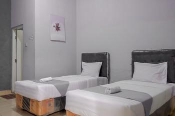 Wisma Almaidah Jogjakarta Syariah Yogyakarta - SALE Room (Twin Room) Regular Plan
