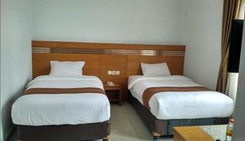 Hotel Griya Lestari Pati - Superior Twin Regular Plan