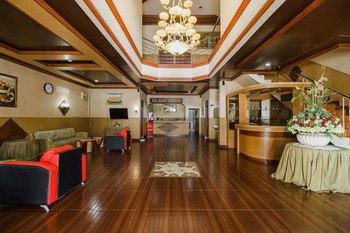 RedDoorz near RS Harapan Pematangsiantar Pematangsiantar - RedDoorz Twin Room Big Deals