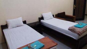 Bunga Matahari Guest House Malang - Standart Room Regular Plan