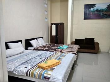 Bunga Matahari Guest House Malang - Family Room Regular Plan