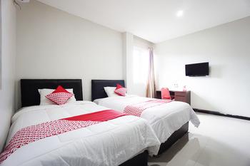 OYO 1290 Felizcha House Manado - Standard Twin Room Regular Plan