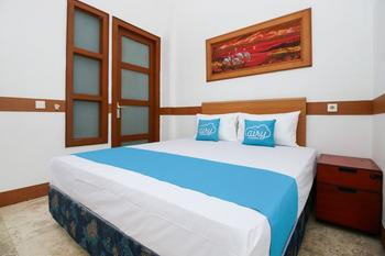 Airy Eco Dukuh Kupang Dua Puluh Sembilan 4 Surabaya - Standard Double Room Only Regular Plan