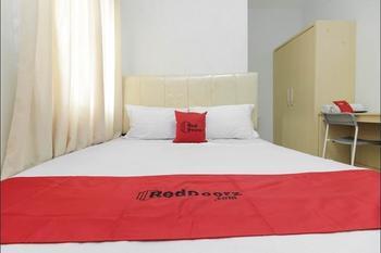 RedDoorz near Siloam Hospital Palembang