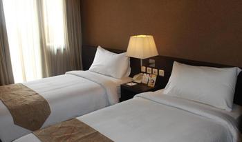 Metro Hotel Cikarang Bekasi - Superior Twin Room Only KETUPAT