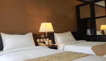 Metro Hotel Cikarang Bekasi - Superior Twin Breakfast LONG STAY