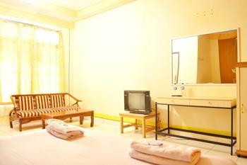Hotel Yuriko Bukittinggi - Deluxe Room Regular Plan