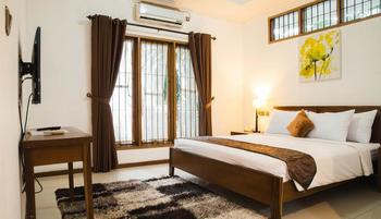 Kuldesak Villas Bandung - 2 Bedrooms Villa Room Only Regular Plan