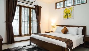 Kuldesak Villas Bandung - 3 Bedrooms Villa Room Only Regular Plan