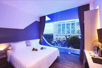 Ozone Hotel Jakarta - Grand Deluxe Room Only Regular Plan