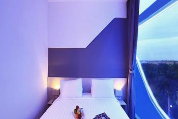 Ozone Hotel Jakarta - Grand Deluxe With Breakfast Regular Plan