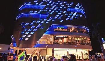 Ozone Hotel