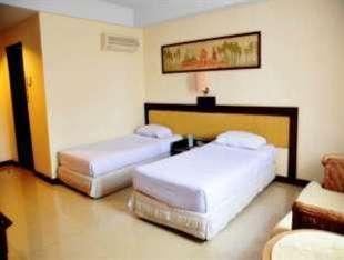 Losari Beach Hotel Makassar - Kamar Deluxe Weekend Promo Disc 40%