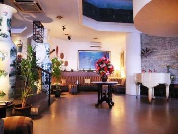Losari Beach Hotel