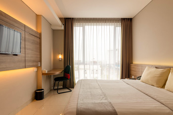 Antero Hotel Jababeka Bekasi - Deluxe Room Only PROMO GAJIAN