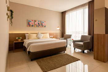 Antero Hotel Jababeka Bekasi - Junior Suite Room Only 30% Discount!!!