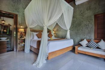 Candy Villa Bali - Villa with Private Pool Regular Plan