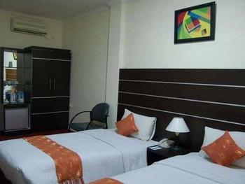 Hotel Grand Sari  Padang - Superior Twin Room Regular Plan