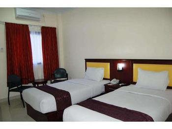 Hotel Grand Sari  Padang - Deluxe Twin Room Regular Plan