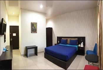 Hotel Grand Sari  Padang - Deluxe Double Room Only Regular Plan