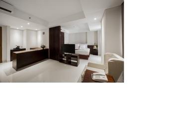 Signature Hotel Bali - Deluxe Room Only Regular Plan