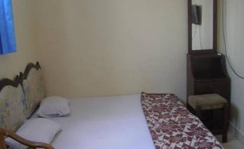NIDA Rooms Yos Sudarso 7