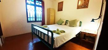 La Boheme Bajo Manggarai Barat - Family Room AC Shared Bathroom Regular Plan