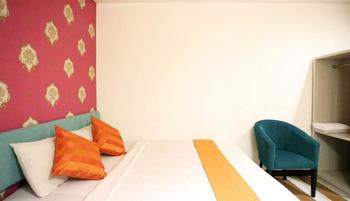ZUZU Hotel Feodora Hotel - Deluxe Room Only PAY LESS- MIN STAY 2 DAYS