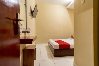 OYO 615 Residence Puri Hotel Syariah Medan - Standard Double Room Regular Plan