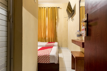 OYO 615 Residence Puri Hotel Syariah Medan - Standard Twin Room Regular Plan