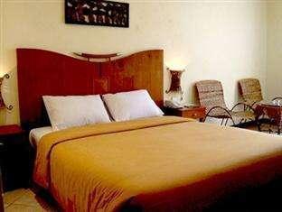 Lotus Garden Hotel Kediri - Deluxe Room Only Regular Plan