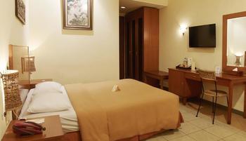 Lotus Garden Hotel Kediri - Superior Room Only Regular Plan
